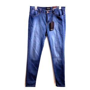 FashionNova MidRise Skinny Jeans